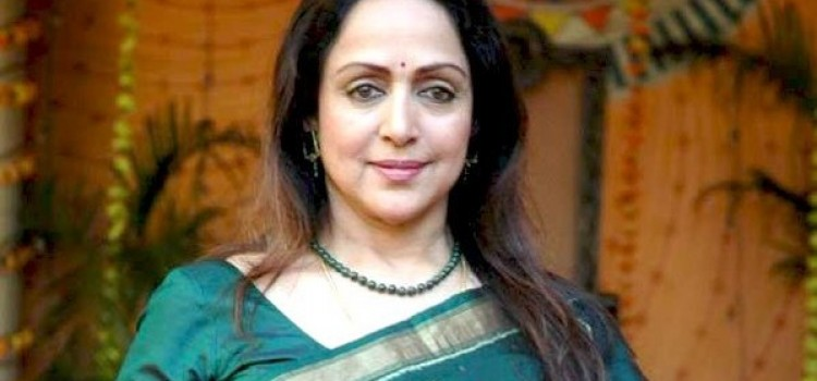 Bollywood's 'Dream Girl' Hema Malini becomes grandmom