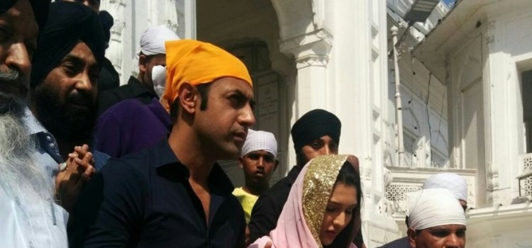 Actors Tina Ahuja and Gippy Grewal Seek Blessings at the Golden Temple
