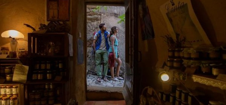 Nadiadwala releases pictures of Tamasha starring Ranbir and Deepika