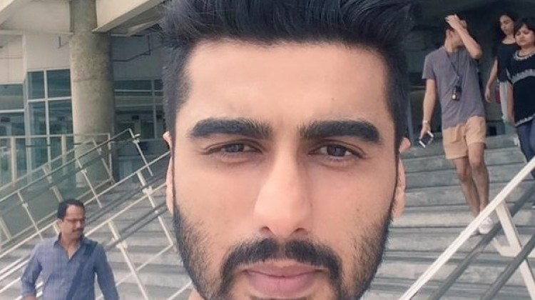Arjun Kapoors' 1.5 Million Selfie!