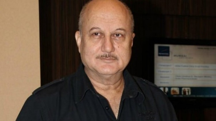 """FTII Needs """"much qualified"""" person than Ganjendra : Anupam Kher"""