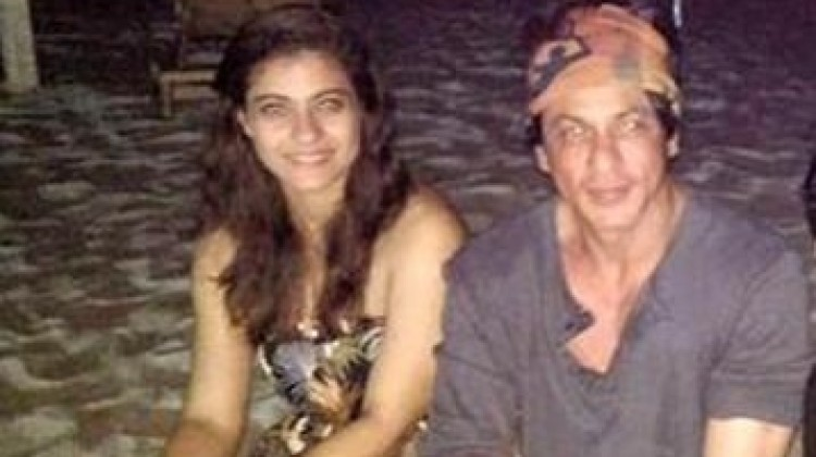 Snapped : Shah Rukh Khan And Kajol Post Wrap Up Of 'Dilwale' Schedule In Bulgaria