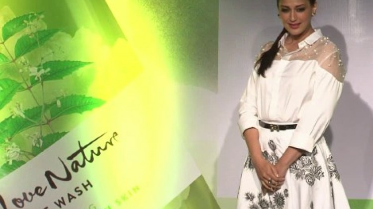 Sonali Bendre Candid Chat on Family, Oriflame and Technology