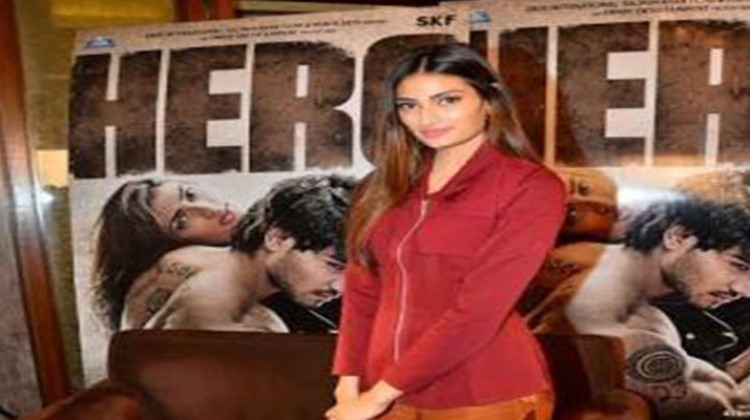 Acceptance From Audience Is Very Important : Athiya Shetty