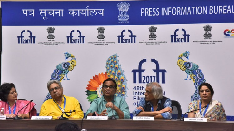 """Jaane Bhi Do Yaaron"" team pays homage to Kundan Shah at IFFI Goa 2017"