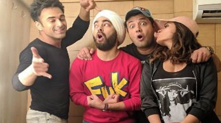 "Team ""Fukrey Returns"" Excited About Box Office Collection"