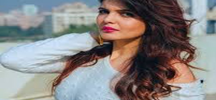 """I wouldn't have got better opportunity than """"Hate Story 4"""" to debut in Bollywood says Ihana Dhillon"""