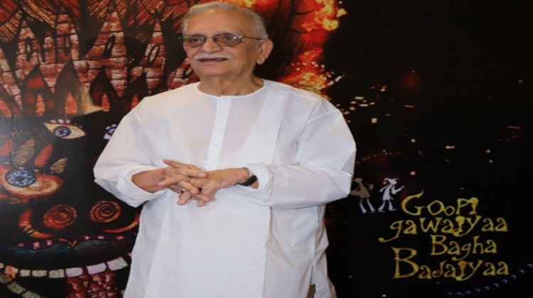 No need to return to direction, new generation is making good films says Gulzar