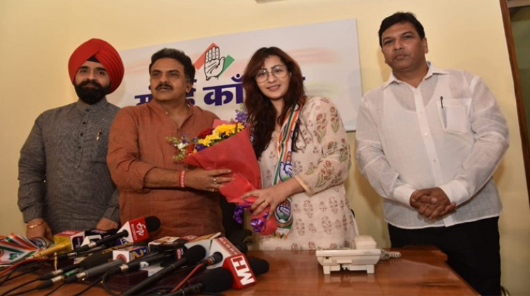 Entering Politics is My Choice Says Shilpa Shinde