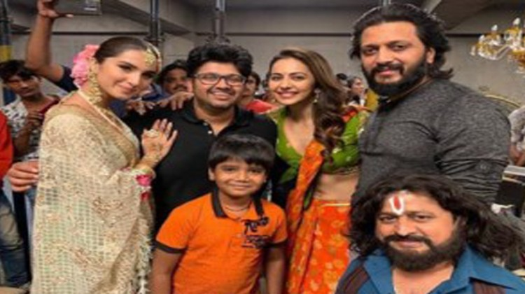 """And It's A Wrap for """"Marjaavaan"""" Says Rakul Preet"""