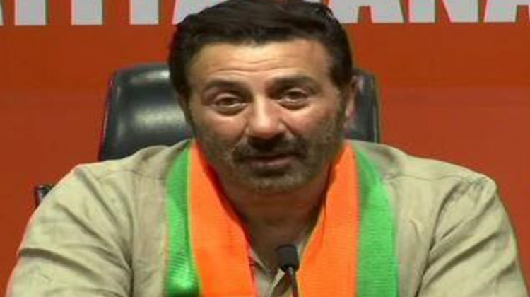 BJP's Sunny Deol files nomination from Gurdaspur; visits Golden Temple