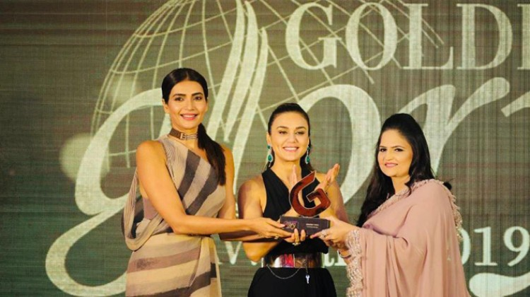 Preity Zinta and many top B-town personalities sizzled at the red carpet of Brands Impact's, Golden Glory Awards 2019