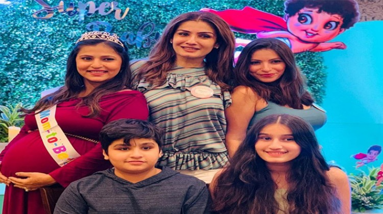 Raveena Tandon to be a grandmother, hosts baby shower for adopted daughter